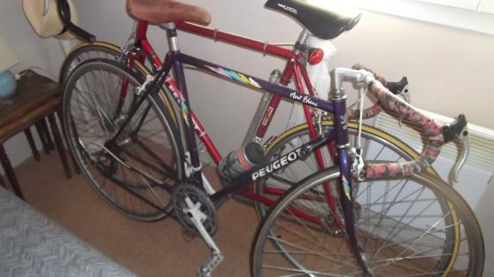 2 vélos de course peugeot 1970/1984