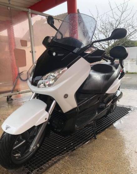 Yamaha 125 Xmax enTBE