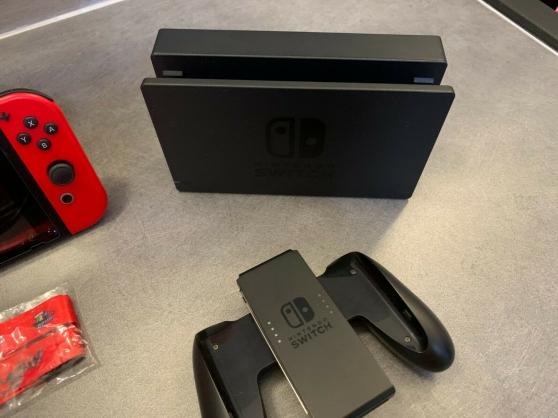 Nintendo Switch édition limitée - Photo 2