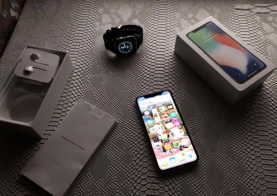 Annonce occasion, vente ou achat 'Iphone X noir 256Go sous garantie'