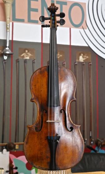 Ancien violon Note Michael Deconet Veni