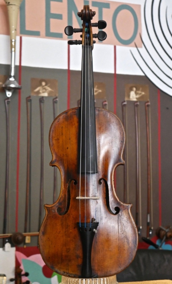 Annonce occasion, vente ou achat 'Ancien violon Note Michael Deconet Veni'
