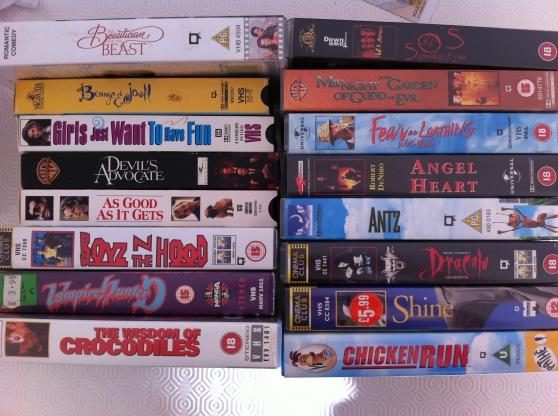 Lot de 16 cassettes VHS en VO