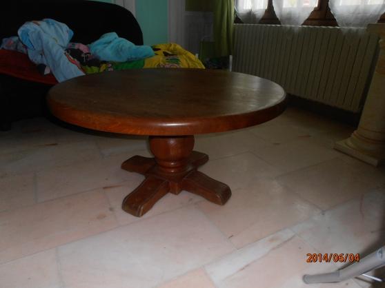 Table basse ronde en merisier