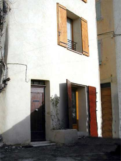 Loue Riez (04) T2 non meublé 50 m2 380e