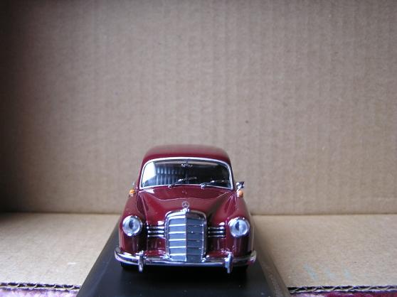mercedes 180 minichamps - Photo 2