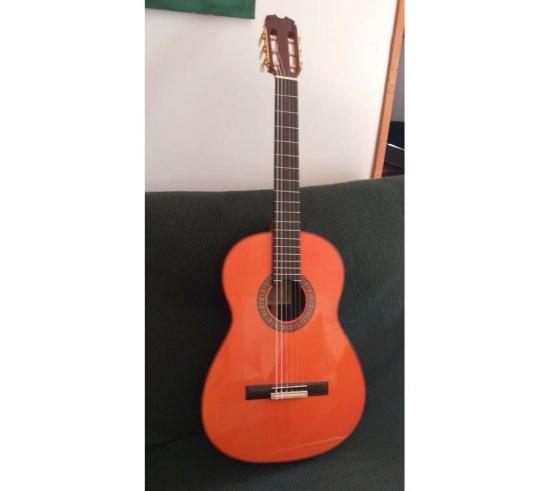 Annonce occasion, vente ou achat 'Guitare flamenca Hermanos Conde année 20'