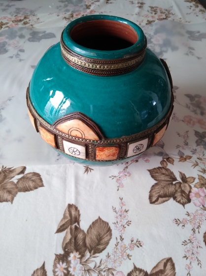 Ancien vase rond oriental