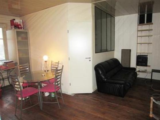 Location Appartement 2 pièces Paris 10èm