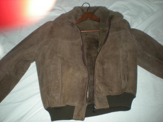 fbb3f3fe81abb Annonce occasion, vente ou achat  veste avec fourrure taille 42 44