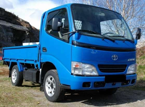 TOyota Dyna 2.5D Camionette