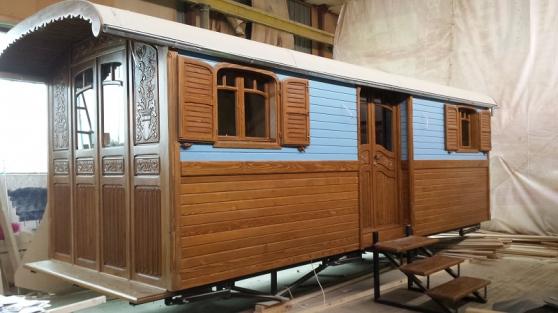 roulotte a vendre aydat caravanes camping car mobile. Black Bedroom Furniture Sets. Home Design Ideas