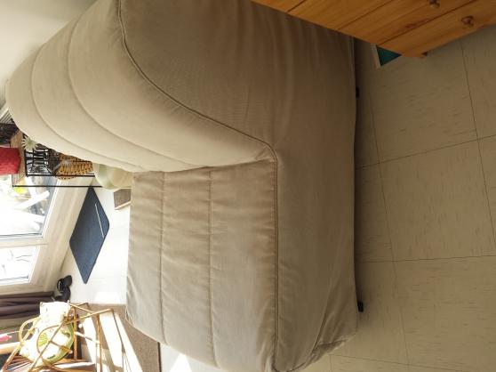 Fauteuil convertible meubles d coration chaises for Code postal villecresnes