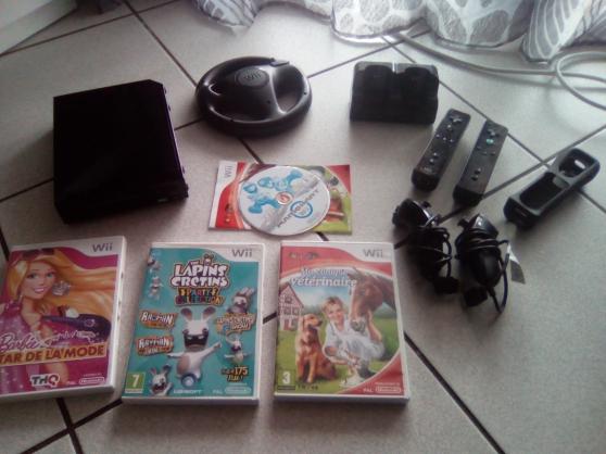Lot Wii + accessoires + jeux