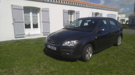 Annonce occasion, vente ou achat 'Ford Focus 1.8 TDCi 115 Ghia + attelage'