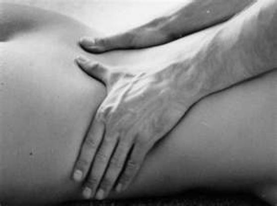 Cherche modèle féminin pour massage