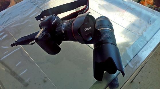 Reflex Canon 6D Mark II avec Zoom Canon