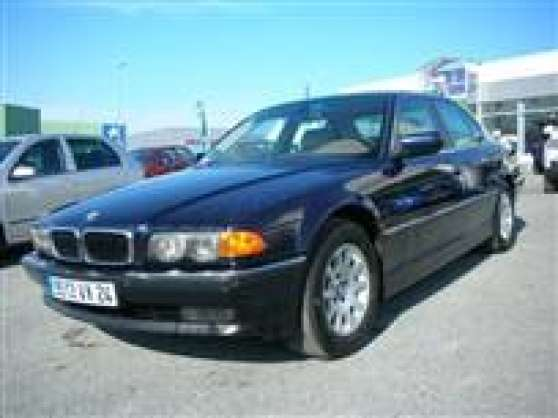 BMW 735 A BLEU MARINE 5 PORTES