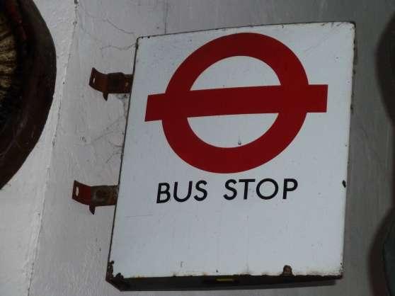 PANNEAU ARRET BUS LONDRES