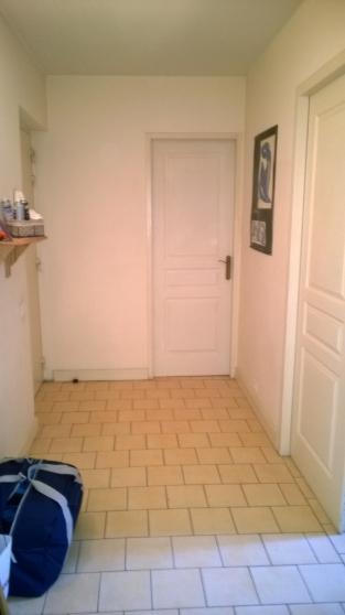 AIX CV Pasteur : Petit T3 1er étage, - Photo 3