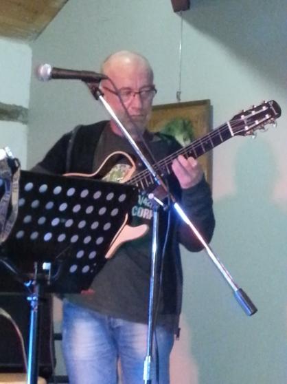 cours de guitare à domicile - Photo 2