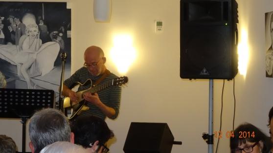 cours de guitare à domicile - Photo 3