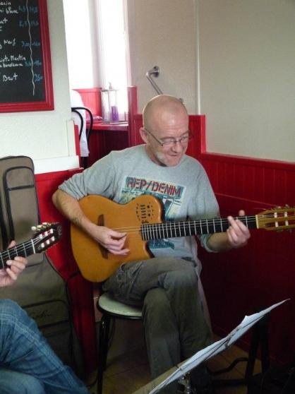cours de guitare à domicile - Photo 4