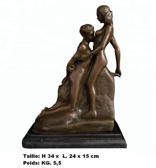Petite Annonce : Sculpture \'\' le baiser de rodin.  \'\' - Sculpture \'\' Le baiser de Rodin.  \'\'  en bronze de haute qualité