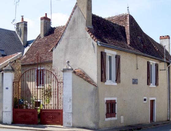 Maison rénovée dans village - Photo 2