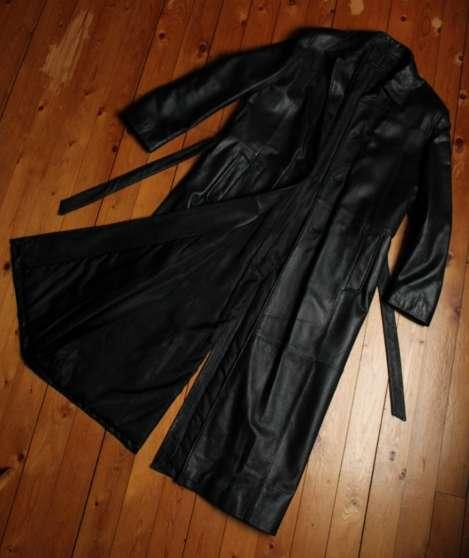 manteau long homme cuir noir v ritable v tements homme manteaux et vestes treilli res. Black Bedroom Furniture Sets. Home Design Ideas