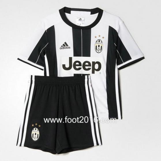 Juventus domicile 2016-2017 enfants