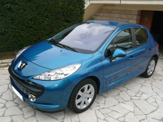 Annonce occasion, vente ou achat 'Peugeot 207 1.6 hdi 16v 90 sport pack 5p'
