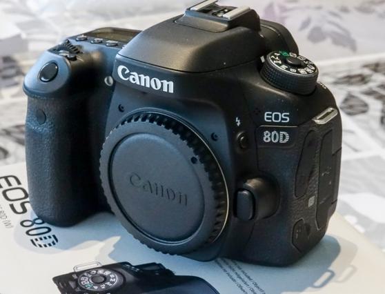 Boitier Canon reflex EOS 80D Quasi Neuf