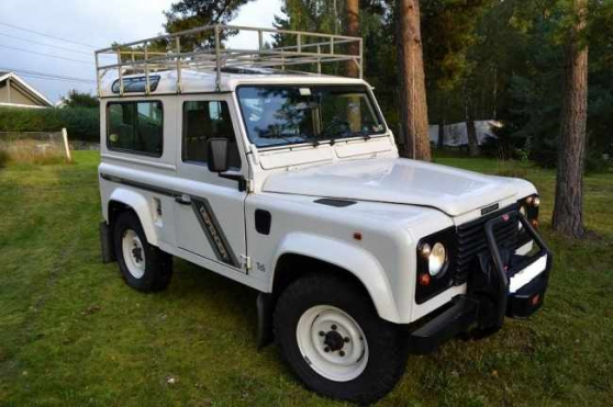 Land-Rover Defender County 90 300 tdi