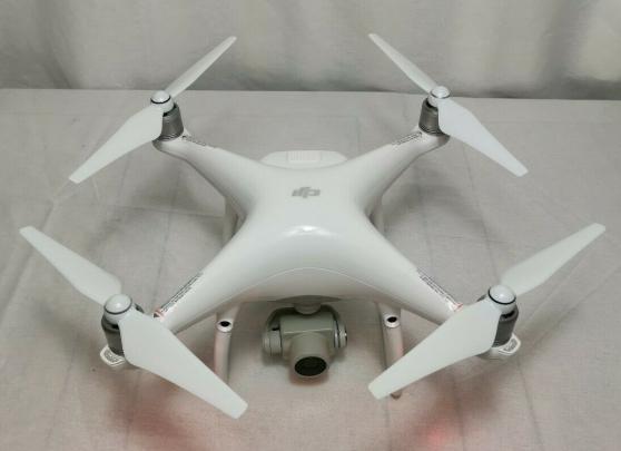 Annonce occasion, vente ou achat 'Drone DJI Phantom 4 avancé Plus'