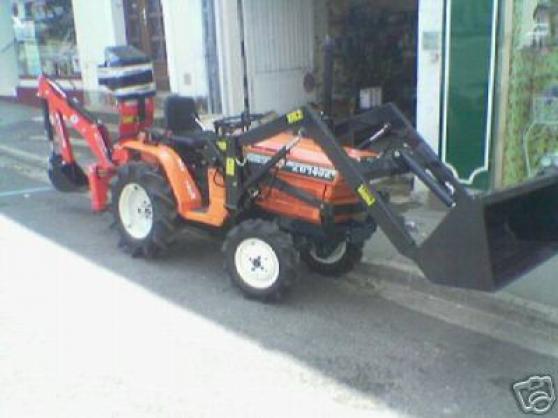 Tracteur kubota,chargeur,pelle retro