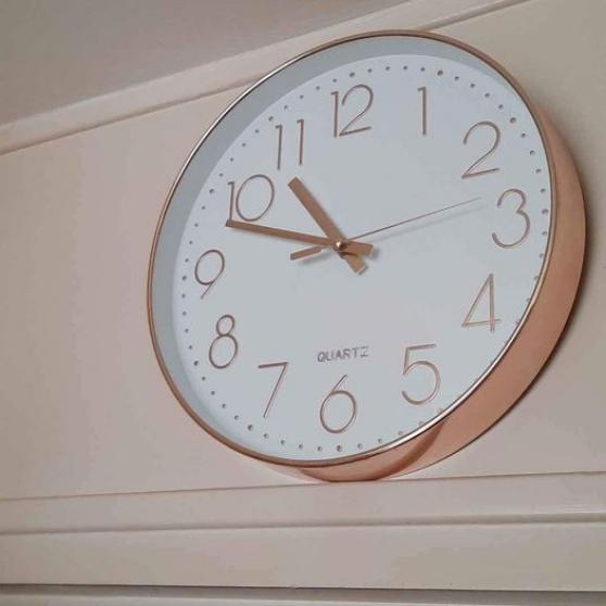 Annonce occasion, vente ou achat 'Très jolie horloge de cuisine 30 cm.'
