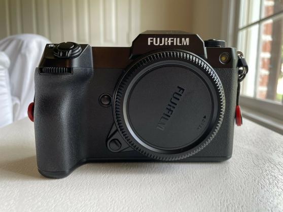 Annonce occasion, vente ou achat 'Fujifilm GFX 100s'