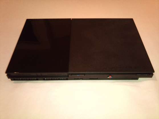 ps2 slim+ 2 manettes + free mc boot + 28