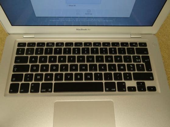 "Apple MacBook Air 13.3 \""Laptop - MC965 - Photo 2"