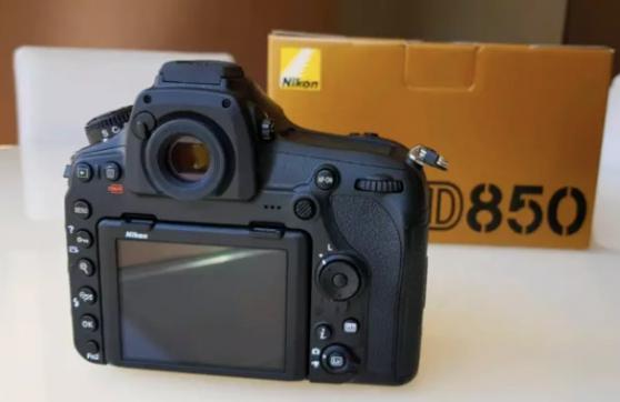 Vends boîtier Nikon D850 comme neuf