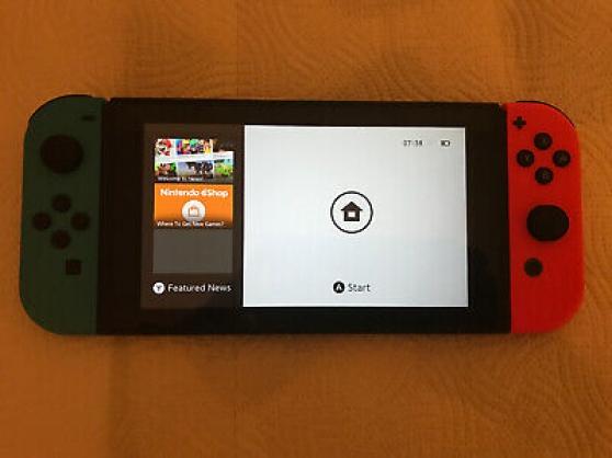 Console Nintendo Switch avec manettes - Photo 3