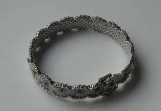 Annonce occasion, vente ou achat 'Bracelet en or blanc et diamants'