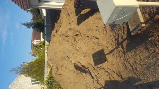 Donne terre sableuse avec transport comp
