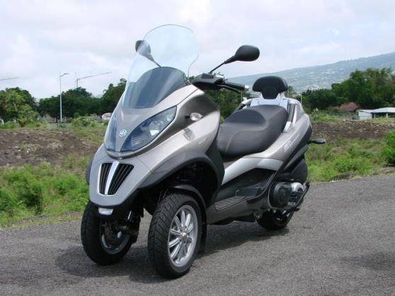 Tricycle Piaggio LT 400