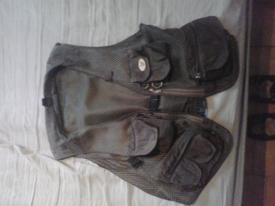 Annonce occasion, vente ou achat 'gilet pêche osprey tackles taille XL'