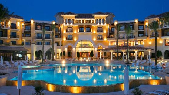 Annonce occasion, vente ou achat 'Un hôtel aux États-Unis d\'Amérique'