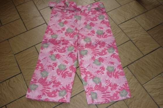 Pantalon 4 neuf neuf avec etiquette fil