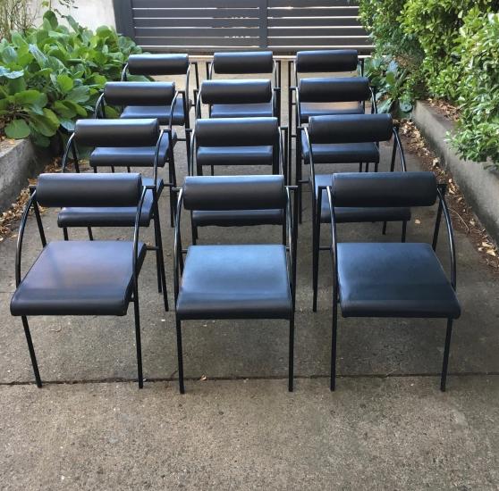Suite de 12 fauteuils design