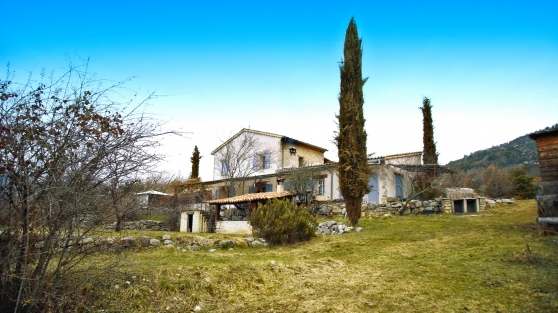 Vente maison Castellane 7hec. 224m2 - Photo 2